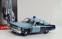 1:18 AUTO WORLD DODGE MONACO POLİS 1974 MAVİ
