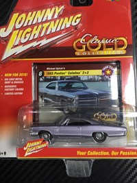 1:64 JOHNNY LIGHTNING PONTIAC CATALINA 1965