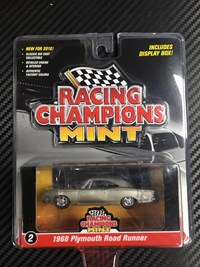 1:64 RACING CHAMPIONS PLYMOUTH 1968