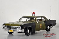 1:18 AUTO WORLD CHEVROLET BISCAYNE POLICE 1966