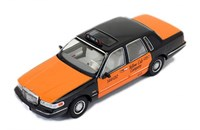 1:43 PREMIUM X LINCOLN TOWN CAR TAKSİ