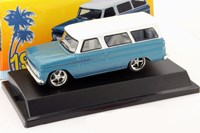 1:43 GREENLIGHT CHEVROLET SUBURBAN 1966