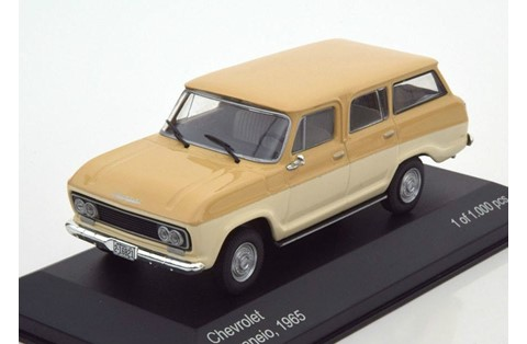 1:43 WHITE BOX CHEVROLET VERANEIO 1965